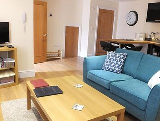 Ramsey Cottage - Two Bedroom House, Sleeps 4