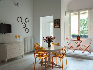 Lorenzo Home in the hearth of Florence, renovated few steps from Ponte Vecchio