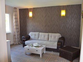 Villa with 3 rooms,private terrace&entrance,pools acces,near sea,Mamaia north.