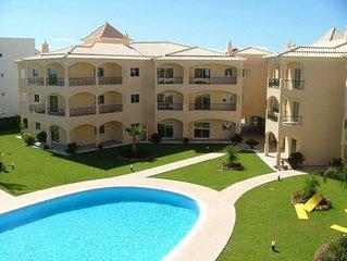 Luxury 2 bedroom apartment close to Vilamoura marina. Free WIFI included