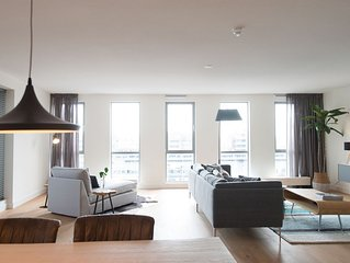 Delightful Apartment in Den Haag with TV