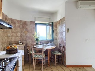 Ulivo Trullo apartment in Leuca with WiFi, air conditioning, private parking, pr
