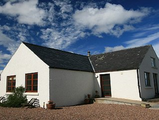Firth Cottage - stunning views in a peaceful but convenient location