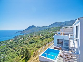New luxury villa with Incredible sea view, private pool,near  beach and tavern