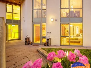 Extremely luxurious townhouse just steps from Killarney town centre