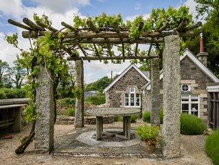 The School House, Coryton - a peaceful retreat  (sleeps 6)