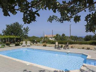 Eliofos Luxury Villa - Private Pool, Wifi, BBQ, Smart TV
