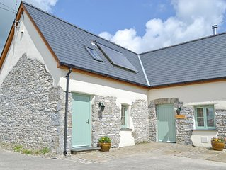 2 bedroom accommodation in Lampeter Velfrey, near Narberth