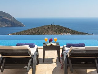 Stylish Villa With Pool/Sauna/Steam Room/Jacuzzi And Best View  in Kalkan
