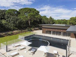 Appartement moderne pres du Pont du Gard | Acces piscine + Wi-Fi