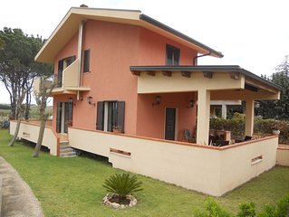 'ElisaHouse':  a place full of nature and culture..