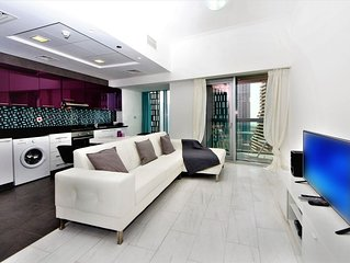 Cayan Tower Holiday Rental with Amazing Views