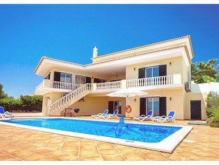 Stylish Villa with Pool, Games Room, elevated views to the Sea - 2km to beach