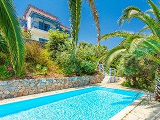 Villa Ourania: Large Private Pool, Sea Views, A/C, WiFi