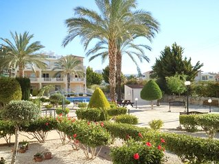 Ground Floor Apartment with Pool and Gardens close to Local Amenities and Beach