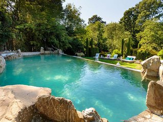 11 bedrooms Luxury Farmhouse, Private Pool, Jacuzzi, Private Tennis