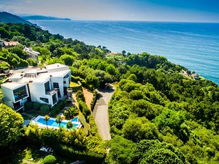 Beautiful villa with panoramic views of the sea