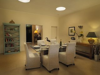 5 bedroomed private villa with heated pool BBQ wifi English Television