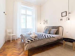 Stylish Modern Apartment close to Charles Bridge by easyBNB