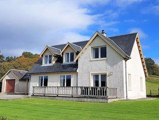 Kenmore Villa, shore front location on Loch Fyne, sleeps 8