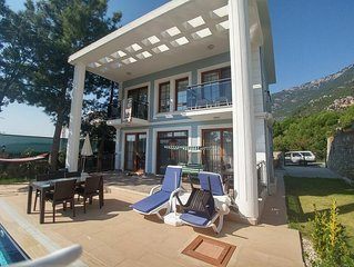 Marmuerto - Solo Villa, Luxury 4 bedroom private pool villa for EliteClients