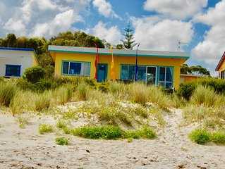 Rare Absolute Beachfront Cottage - Jervis Bay Views