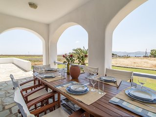 Villa 'Aegean Blue' in Paros