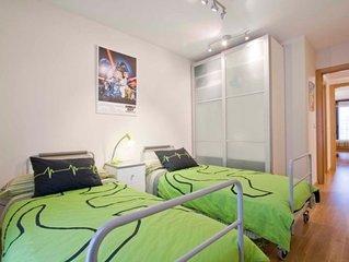 Moderno apartamento con parking, piscina y wifi