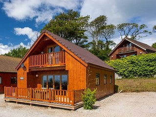 E52 SeaClusion Lodge - Situated in Portscatho, Cornwall