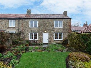 Blacksmiths Cottage - Three Bedroom House, Sleeps 6
