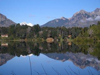 Cabaña con costa sobre el Lago Morenito. PAZ, TRANQUILIDAD Y FAMILIA
