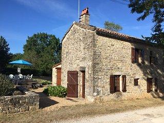 L'ancien Lodge. Cosy Gite  in fantastic village