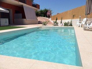 DinastiaCase: Villa le Mimose, appart/veranda/giardino/piscina/spiaggia 30 MT.