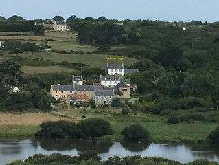 Studio dans maison bretonne sur la Baie des Trepasses