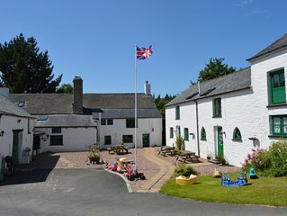 Poppy Cottage on historic North Devon farm. Stunning edge of Exmoor location