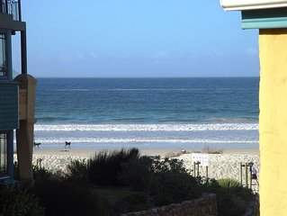 Self-catering 5-sleeper beach-front duplex apartment (Hout Bay, Cape Town)