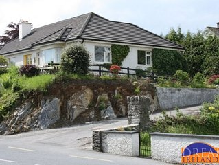 Holiday home with WIFI right in the heart of Kenmare town