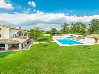 Enchanting Stone Villa with Private Pool and Beautiful Views to the Istrian Coun