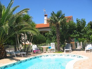 4 Bedroom Villa with pool in Mediterranean Pyrenees