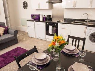 Moseley Mews  Village Suites - Purple
