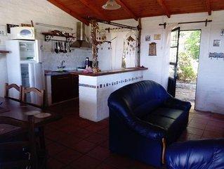 casa de dos dormitorios para 5/6 personas ubicada en el cerro del toro, cochera