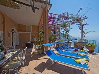 Casa Gemma, bella casa vacanza a Positano, su una collina di fronte al mare.