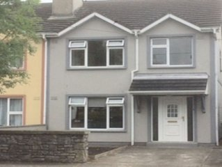 Tralee Townhouse. Centrally located, just minutes from Tralee town centre.