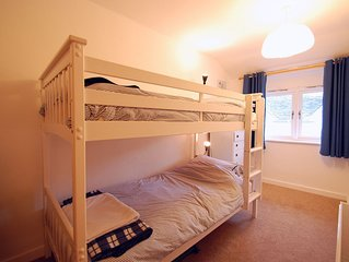 Ty Ni Cottage - Three Bedroom House, Sleeps 6