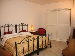 Residence Angelica, contesto elegante, camera 2 con bagno privato
