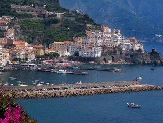 MONOLOCALE ROSATEA  INDIPENDENTE CON VISTA MARE. in Amalfi Coast