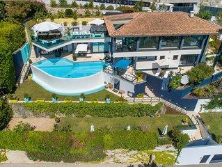 Contemporary Villa, Overlooking Beach between Cap Ferrat & Monaco
