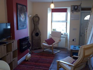 Entire Cottage in centre of the Machars, pet friendly.