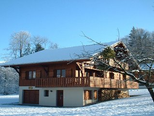 Luxury 4 Bedroom Chalet With Mountain Views 5mins walk to telecabine