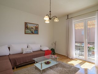 Spacious 2 BR 2 BA Apartment close to the beach and Trogir
